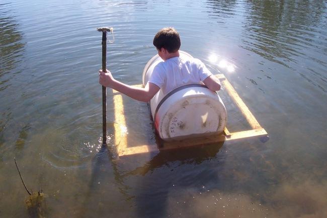 Как сделать лодку из бутылки своими руками 690